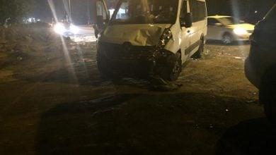 Photo of إصابة متوسطة بحادث طرق على شارع 444 بالطيبة
