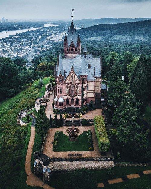 صورة المانيا هي ارض القلاع (قلعة دراشينبرج) …