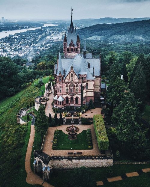 Photo of المانيا هي ارض القلاع (قلعة دراشينبرج) …