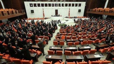 "Photo of مشروع قانون ""زواج الفتاة من مغتصبها"" يثير الغضب في تركيا"