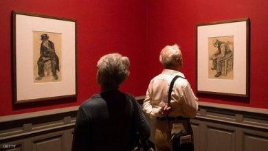 """صورة الاهتمام بالفنون وطول العمر.. دراسة تكشف """"الرابط الغريب"""""""