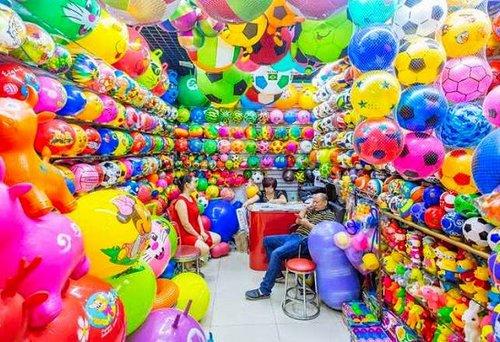 Photo of جنة من الألوان تميز سوق الصين الاكبر في العالم!