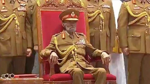 Photo of عُمان تشيّع جنازة السلطان قابوس بن سعيد