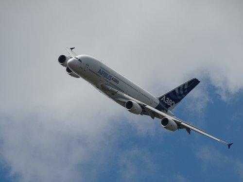"Photo of أقوى ارتفاع بطلبيات طائرات ""إيرباص"" في 6 سنوات"