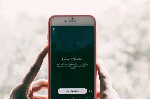 Photo of إنستغرام تنافس تيك توك تأثيرات جديدة لميزة Boomerang