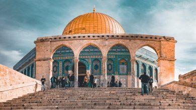 Photo of إسرائيل تبعد خطيب الأقصى عن المسجد أسبوعا