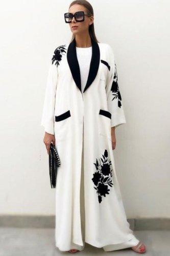 large_abaya-coat-trend-fall-2020-fustany-ar-12