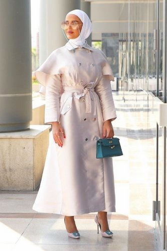 large_abaya-coat-trend-fall-2020-fustany-ar-8