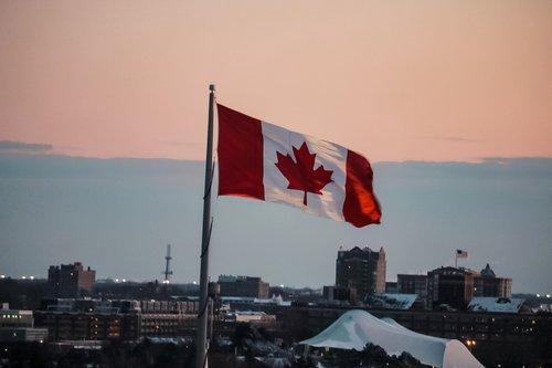 Photo of كندا: مطلوب مليون مهاجر بتسهيلات جديدة