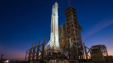 """Photo of """"سبيس إكس"""" تنجح في """"اختبار حاسم"""" لنقل البشر للفضاء"""