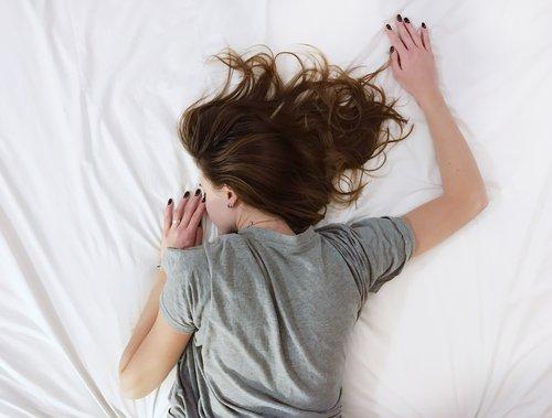 """Photo of اضطرابات النوم قد تجعلك تعيش """"كابوسا خطيرا"""" بعد فوات الأوان"""