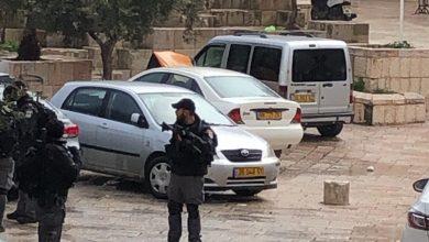 Photo of إطلاق نار على شاب بعد محاولة طعن في القدس