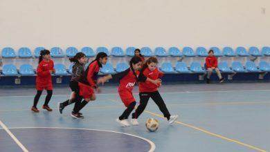 Photo of تعرفوا على فريق فتيات الطيبة لكرة القدم تحت إشراف المدربة نور منصور