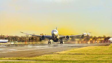 """Photo of بالأرقام: كورونا """"يفتك"""" بحركة النقل الجوي للركاب"""