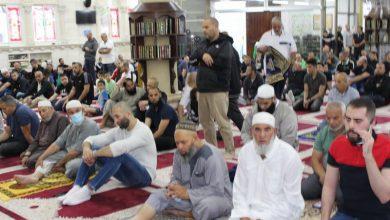 Photo of اهالي الطيبة يؤدون صلاة عيد الفطر في مسجد صلاح الدين