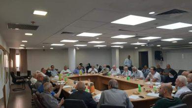 Photo of بلدية الطيبة: اجتماع تحضيري لتكريم الكاتب المرحوم عبد العزيز أبو أصبع