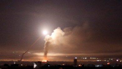 Photo of إسرائيل تشن غارات على أهداف في غزة