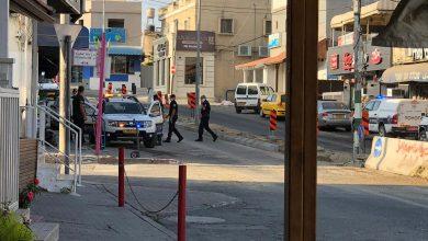Photo of الشرطة تحرر مخالفات بسبب عدم إرتداء الكمامة في باقة الغربية
