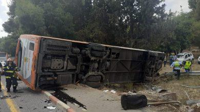 Photo of 18 إصابة إثر حادث طرق بين سيارة وحافلة قرب مفرق كابري