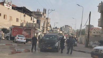 Photo of مطاردة بوليسية تنتهي بحادث طرق في مدينة الطيبة