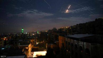 """Photo of إسرائيل تضرب أهدافا في سوريا ردا على """"عبوات الجولان"""""""