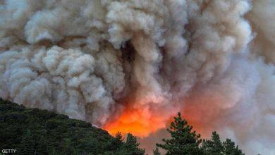 Photo of حرائق الغابات تجلي الآلاف في كاليفورنيا