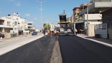 صورة انطلاق أعمال التطوير والتعبيد في شارع خالد ابن الوليد شمالاً