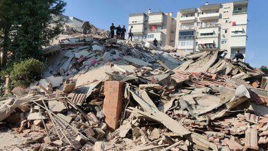 صورة البلدان تعهدا بمساعدة بعضهما.. قتلى وجرحى بزلزال بين سواحل تركيا واليونان